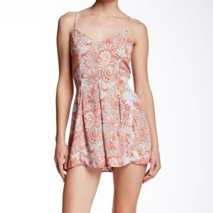 EIGHT-SIXTY   Coral and Blue Paisley Romper XS